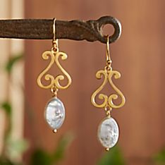 Handcrafted Jaipur Pearl Earrings