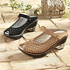 Filigree Mary Jane Travel Shoes