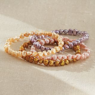 View Yangtze River Pearl Bracelets image
