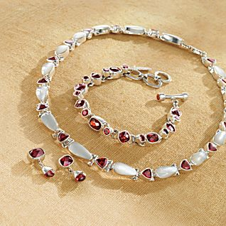 Balinese Garnet and Mother-of-pearl Necklace