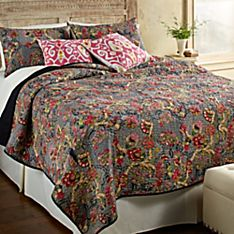 Jaipuri Black and White Bedding Set and Pink Kantha Pillow Covers