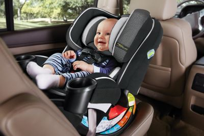 EPP, energy absorbing foam for effective impact management 4Ever® 4-in-1 Car Seat featuring Safety Surround™ Side Impact