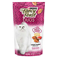 Fancy Feast® DUOS Cat Treat - Cheddar & Crab