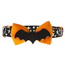 Thrills & Chills™ Pet Halloween Bat Dog Collar