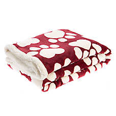 Pet Holiday™ Heart Paw Pet Throw Blanket