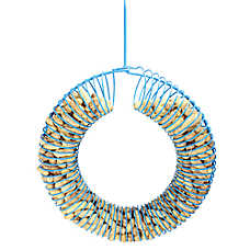Pinebush Wreath Peanut Wild Bird Feeder