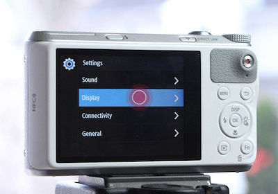 Samsung WB350F Camera Tap Display from Settings