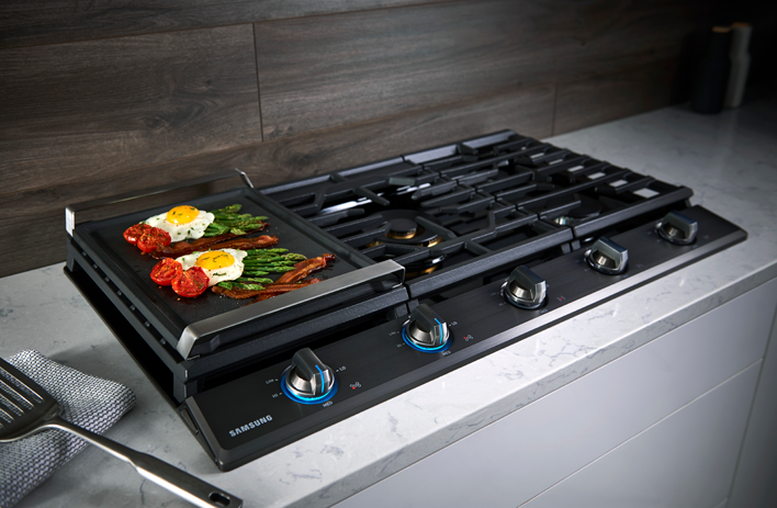 Natural that cooker on induction pressure works cooktop that begins