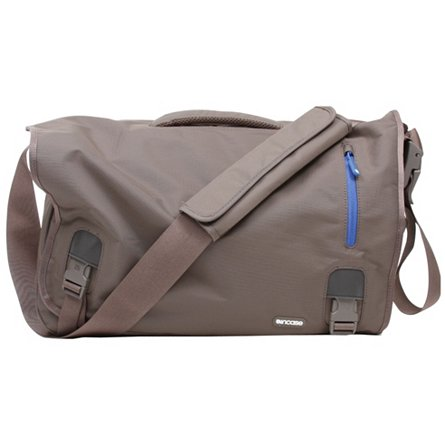 Nylon Messenger