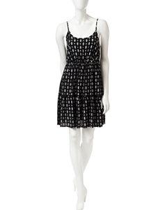 Fire Black / White Shift Dresses