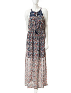 Signature Studio Paisley Print Maxi Dress