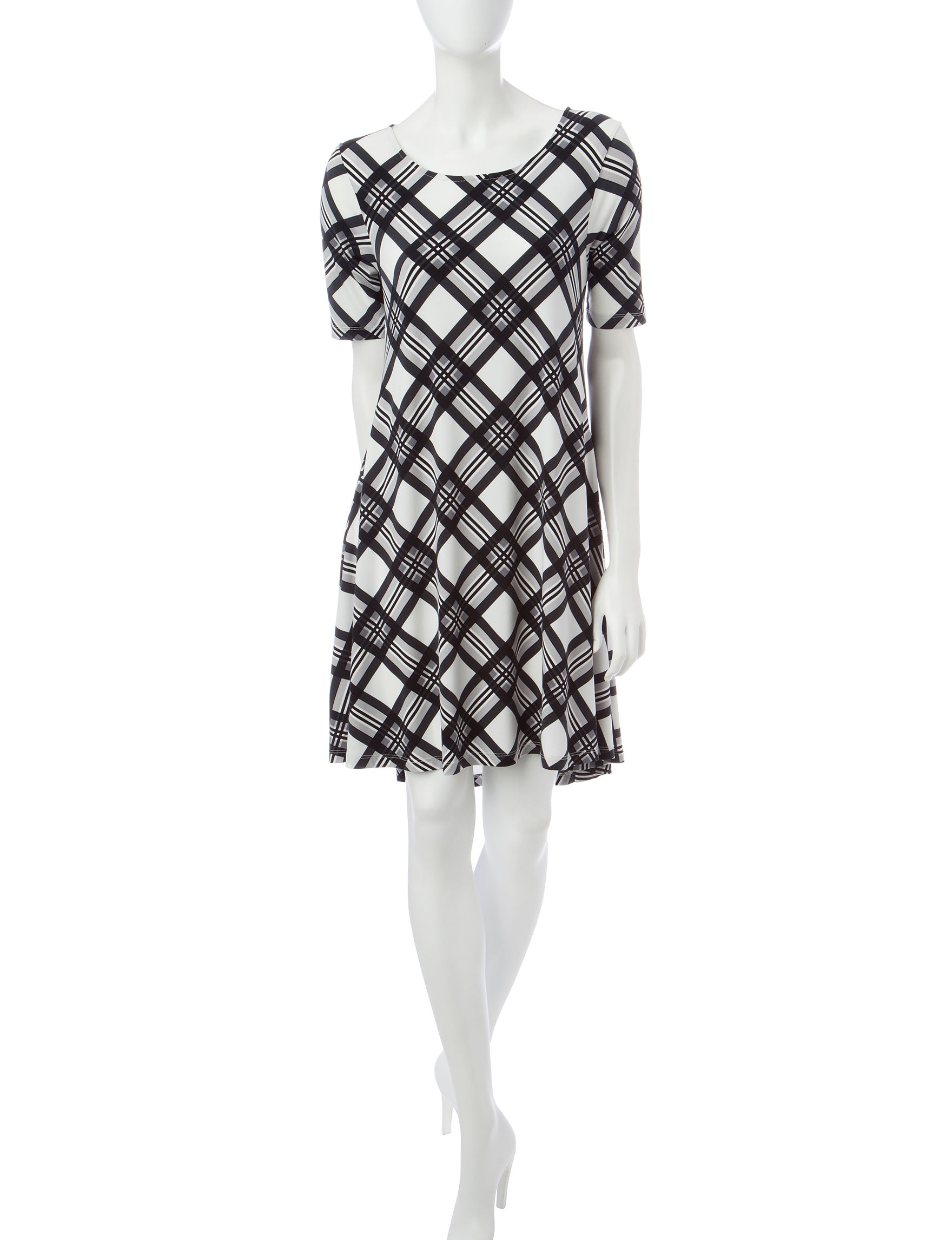 Lennie Ivory / Black Shift Dresses