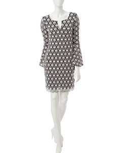 Robbie Bee Black / White Everyday & Casual Shift Dresses