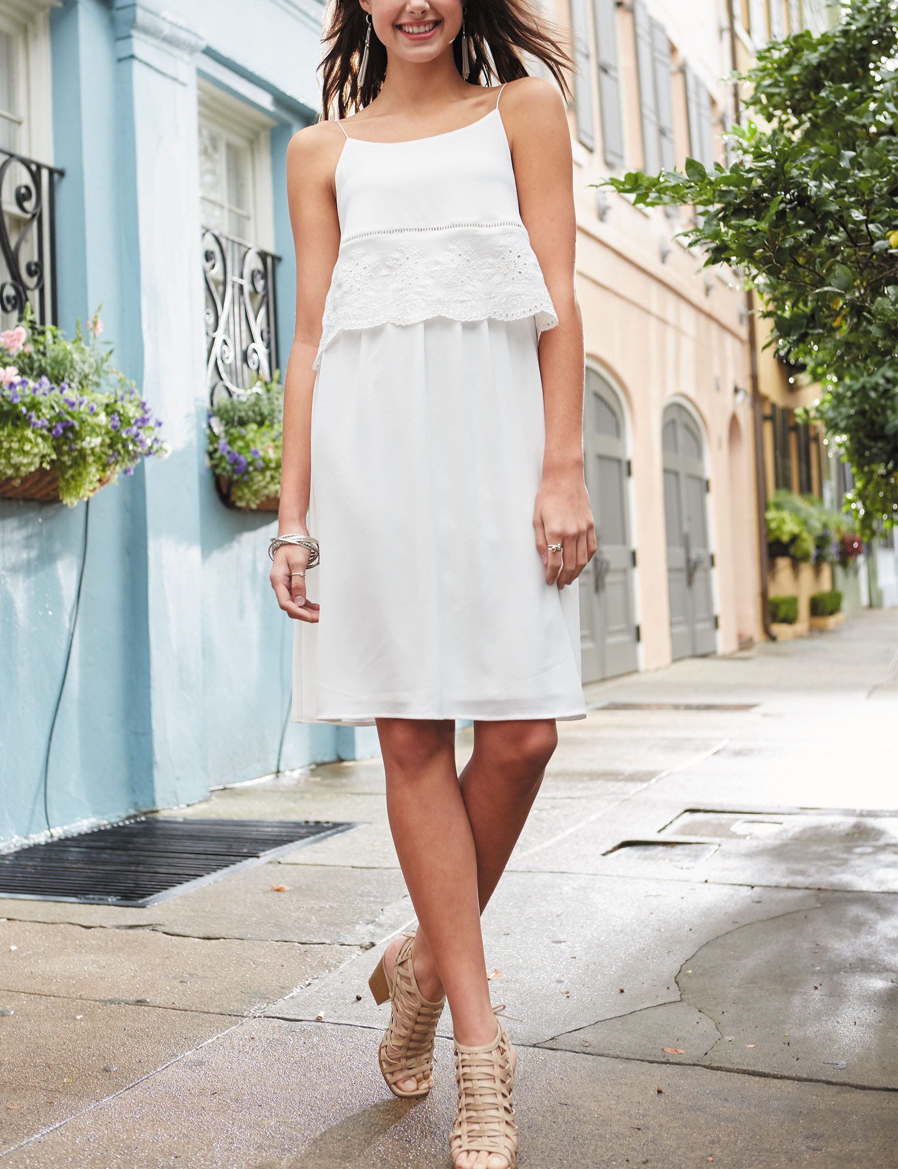 Signature Studio White Everyday & Casual Shift Dresses
