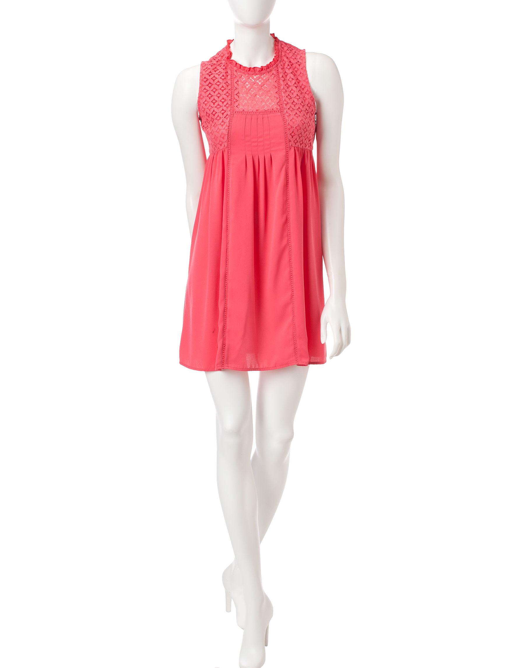 Signature Studio Coral Everyday & Casual Shift Dresses