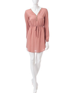 Justify Pink Everyday & Casual Shirt Dresses