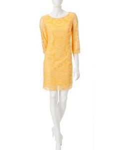 London Times Lemon Everyday & Casual Shift Dresses