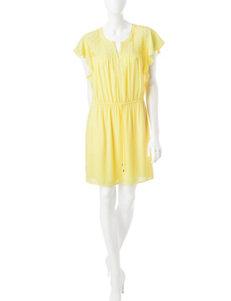 Signature Studio Yellow Everyday & Casual Shirt Dresses