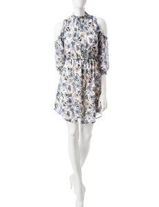Signature Studio White Everyday & Casual Fit & Flare Dresses