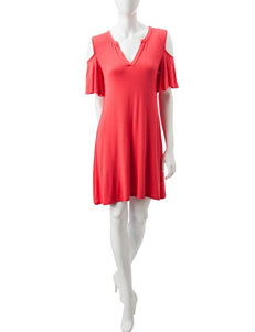 A. Byer Coral Everyday & Casual