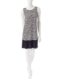 Ronni Nicole Black / White Everyday & Casual A-line Dresses
