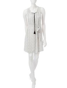 Signature Studio Ivory Everyday & Casual Shirt Dresses