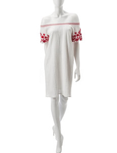 Signature Studio White Everyday & Casual Shift Dresses
