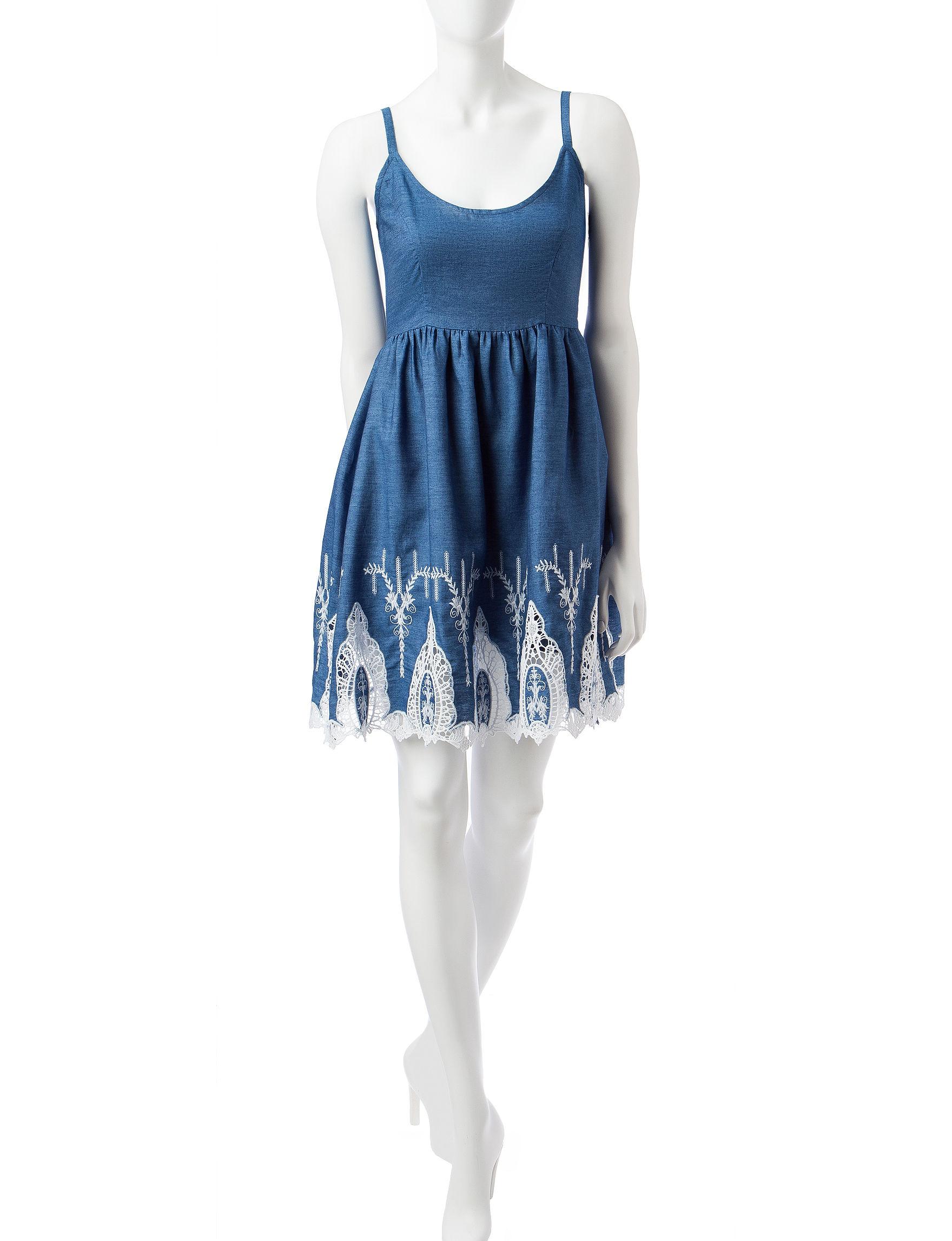 Signature Studio Blue / White Everyday & Casual Fit & Flare Dresses