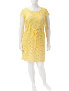 Karin Stevens Plus-size Lace Sheath Dress