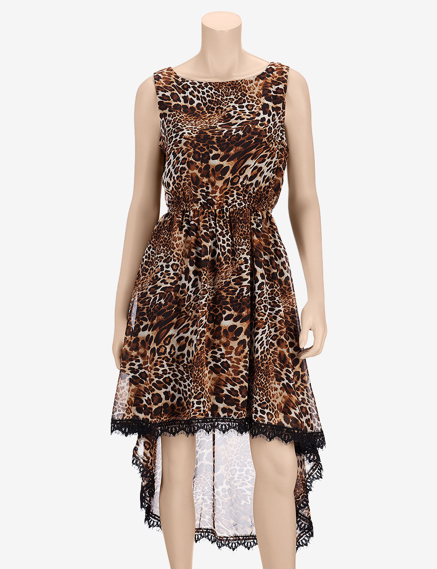 Find plus size dresses you'll love at Forever 21! Going out & need a party dress? Find a variety of dresses for weddings, lace dresses, black dresses, or cozy knit sweater dresses in mini, midi, or maxi lengths! Plus Size Metallic Leopard Print Cutout Dress. WEB EXCLUSIVE. QUICK VIEW. $ Plus Size Ribbed Knit Bodycon Dress. 3 Colors.