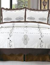 Lavish Home Athena Embroidered Quilt Set