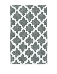 Jessica Simpson Grey & White Quatrefoil Bath Rug