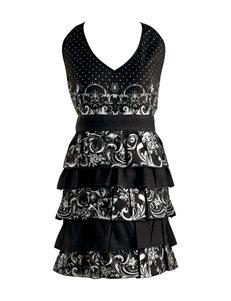 Design Imports Black /  White Aprons Kitchen Linens