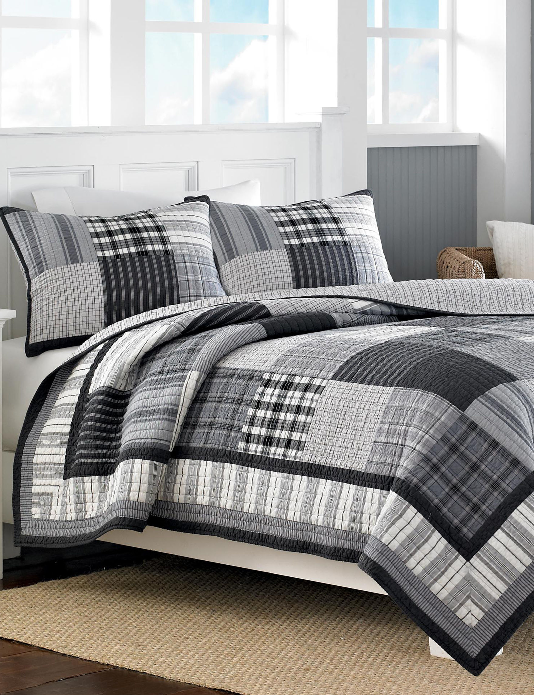 Nautica Black/Grey Quilts & Quilt Sets