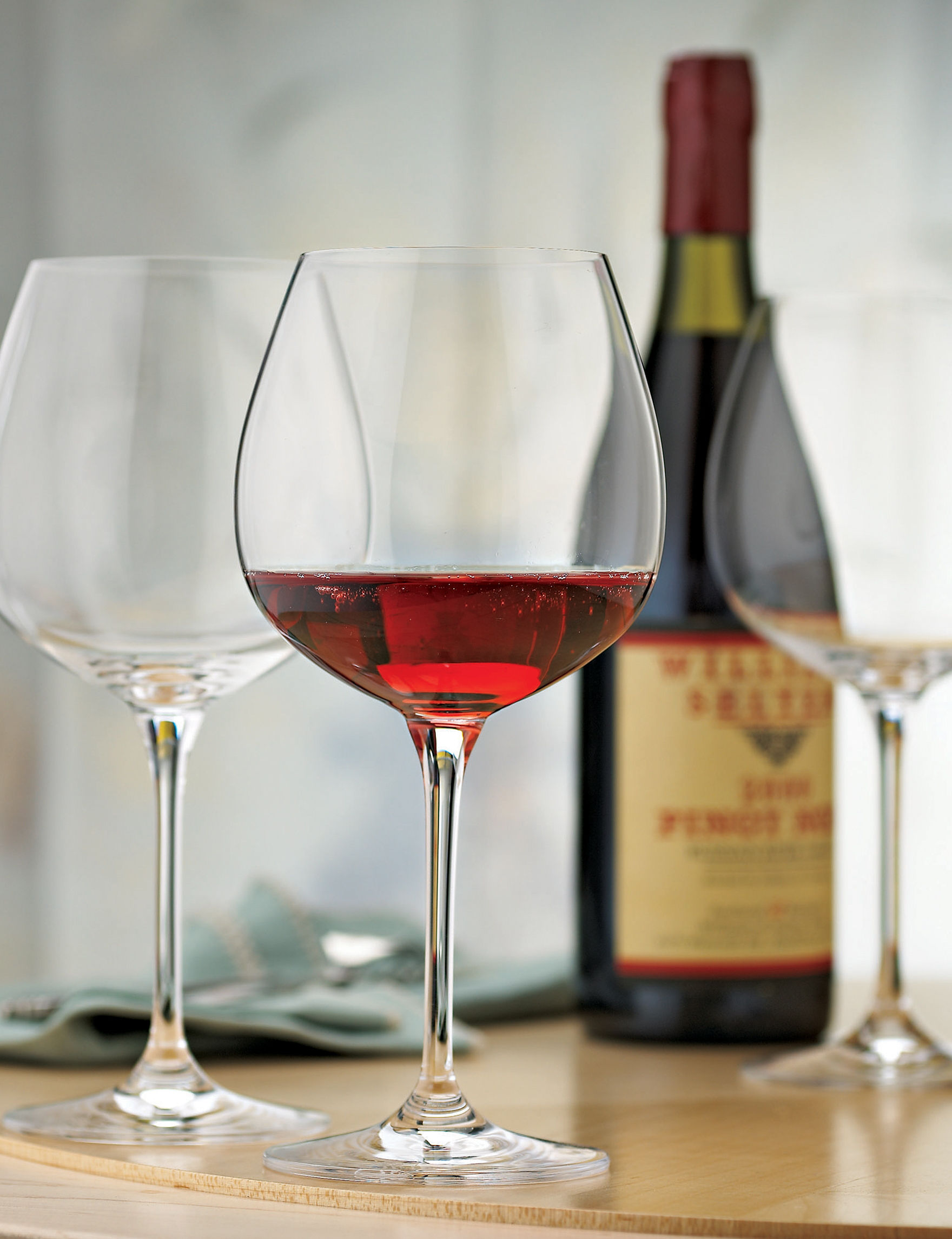 Wine Enthusiast Clear Wine Glasses Drinkware