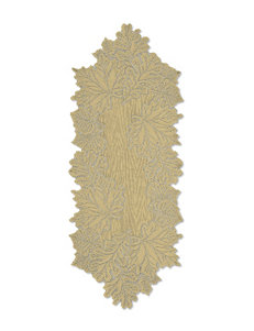 Heritage Lace Leaf Table Runner