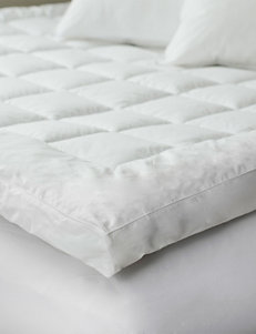 Lavish Home White Down Alternative Bedding Topper