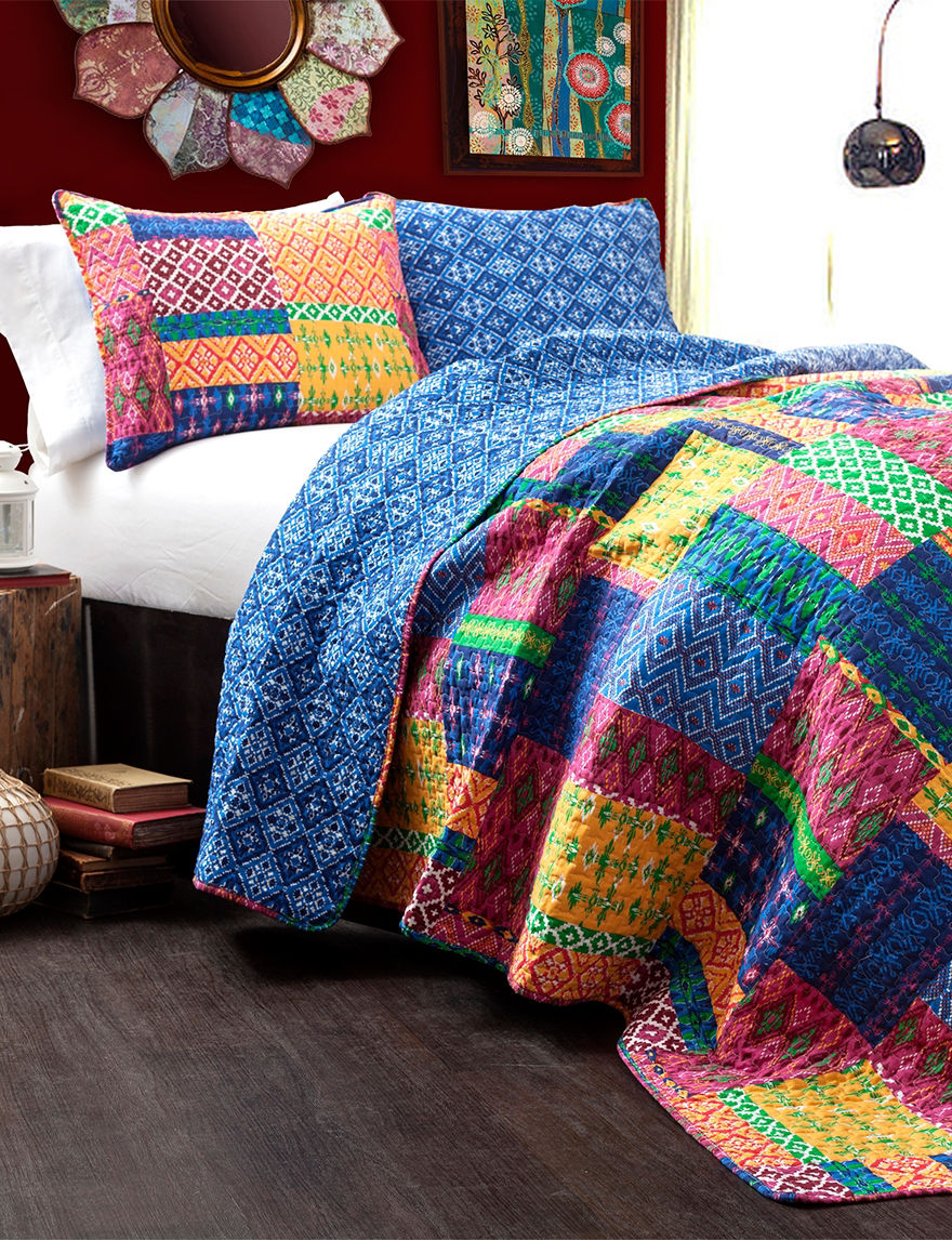 Lush Decor Fuchsia/Navy Quilts & Quilt Sets