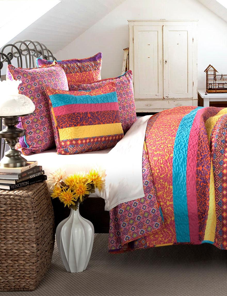 Lush Decor Fuchsia Quilts & Quilt Sets