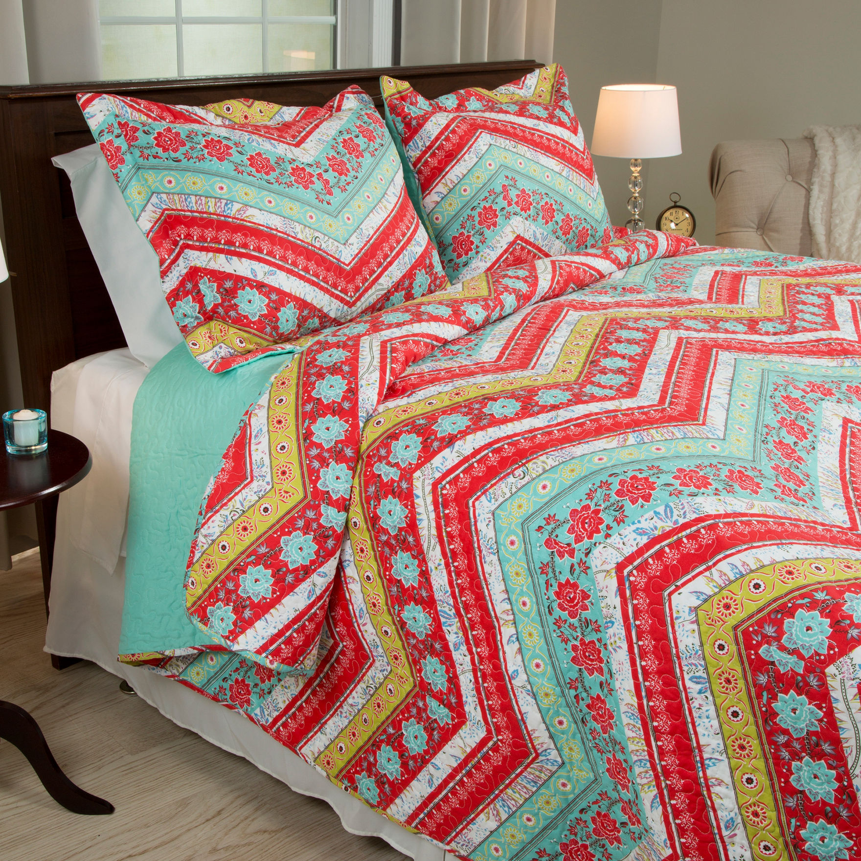 Lavish Home Red/ Yellow Quilts & Quilt Sets