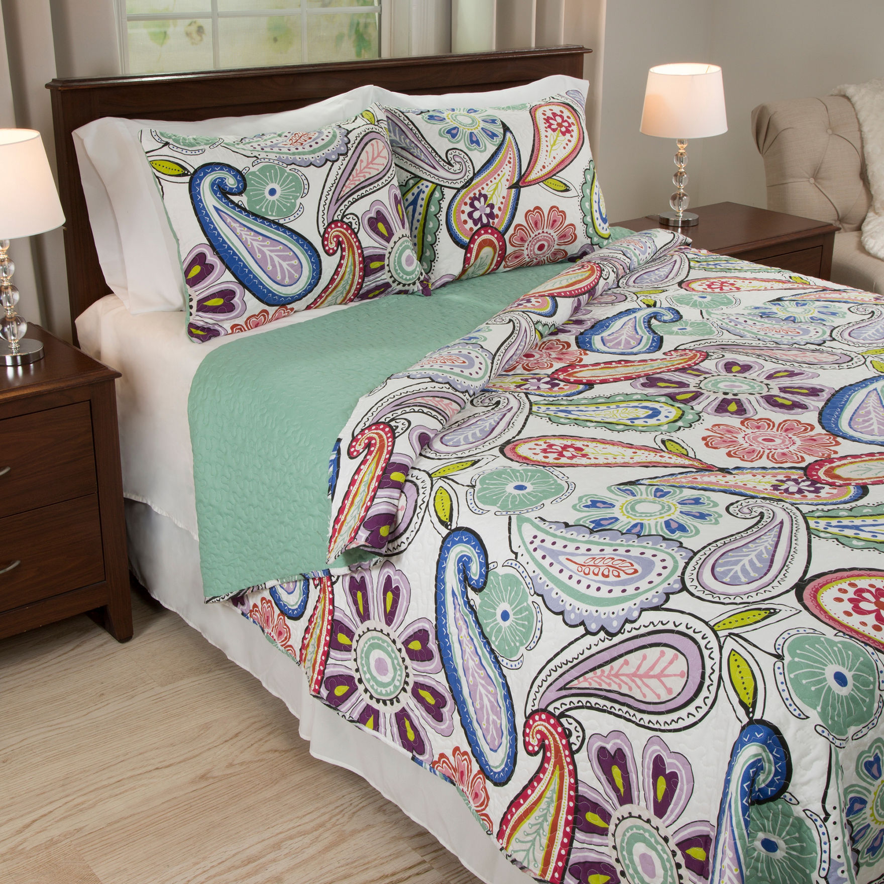 Lavish Home Blue/ Green/ Red Quilts & Quilt Sets