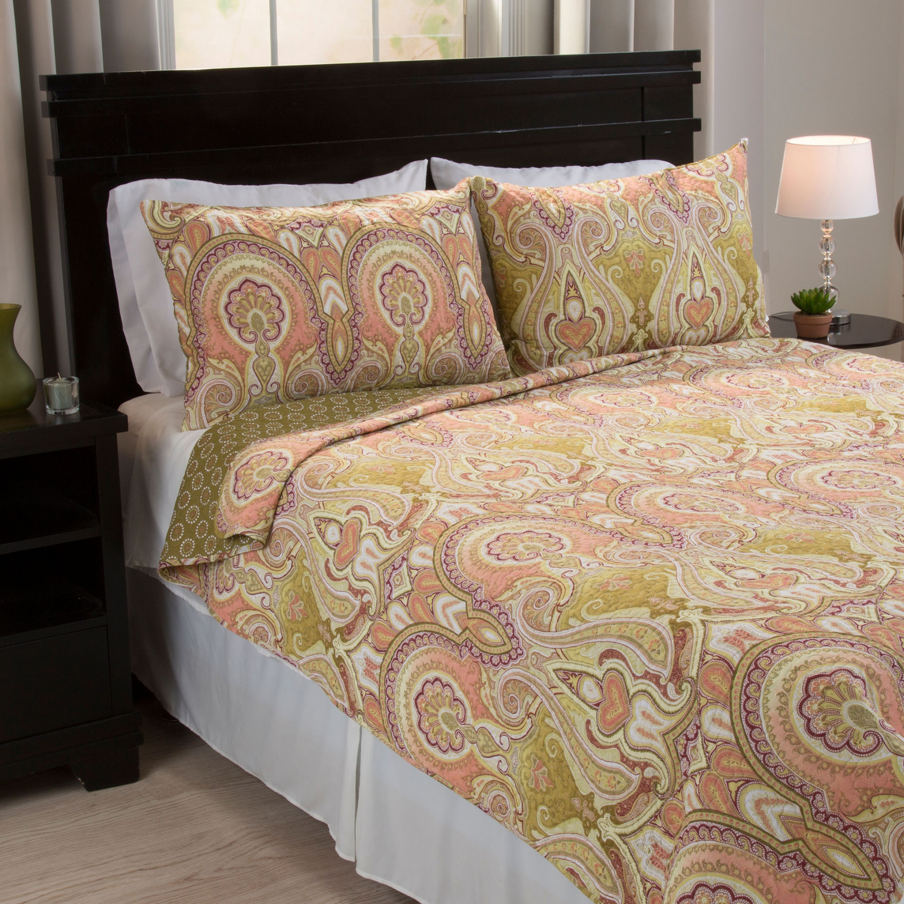 Lavish Home coral/green Quilts & Quilt Sets