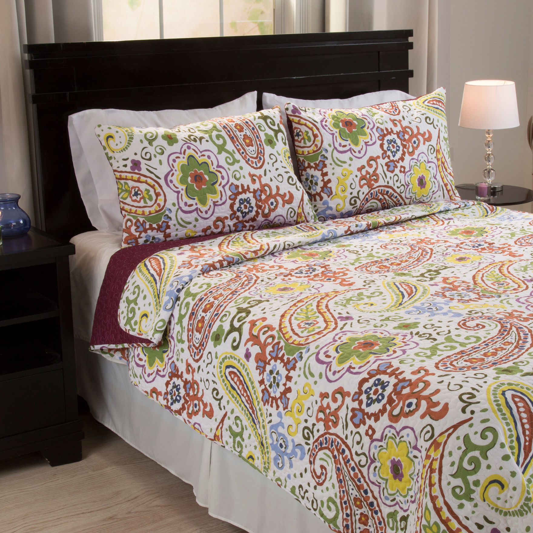 Lavish Home Red/ Yellow/ Green Quilts & Quilt Sets