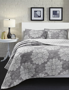 Great Hotels Collection Isabella Medallion Print Quilt Set
