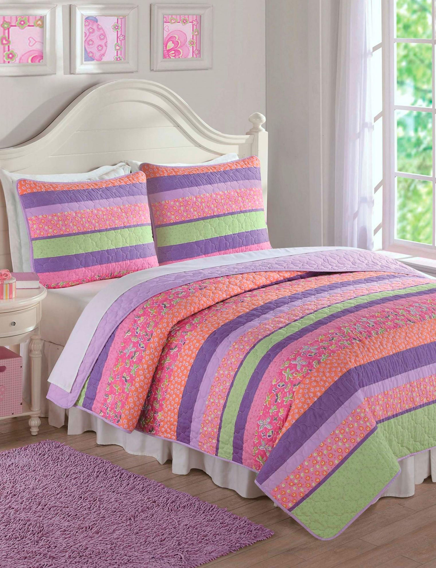 Laura Hart Pink Quilts & Quilt Sets