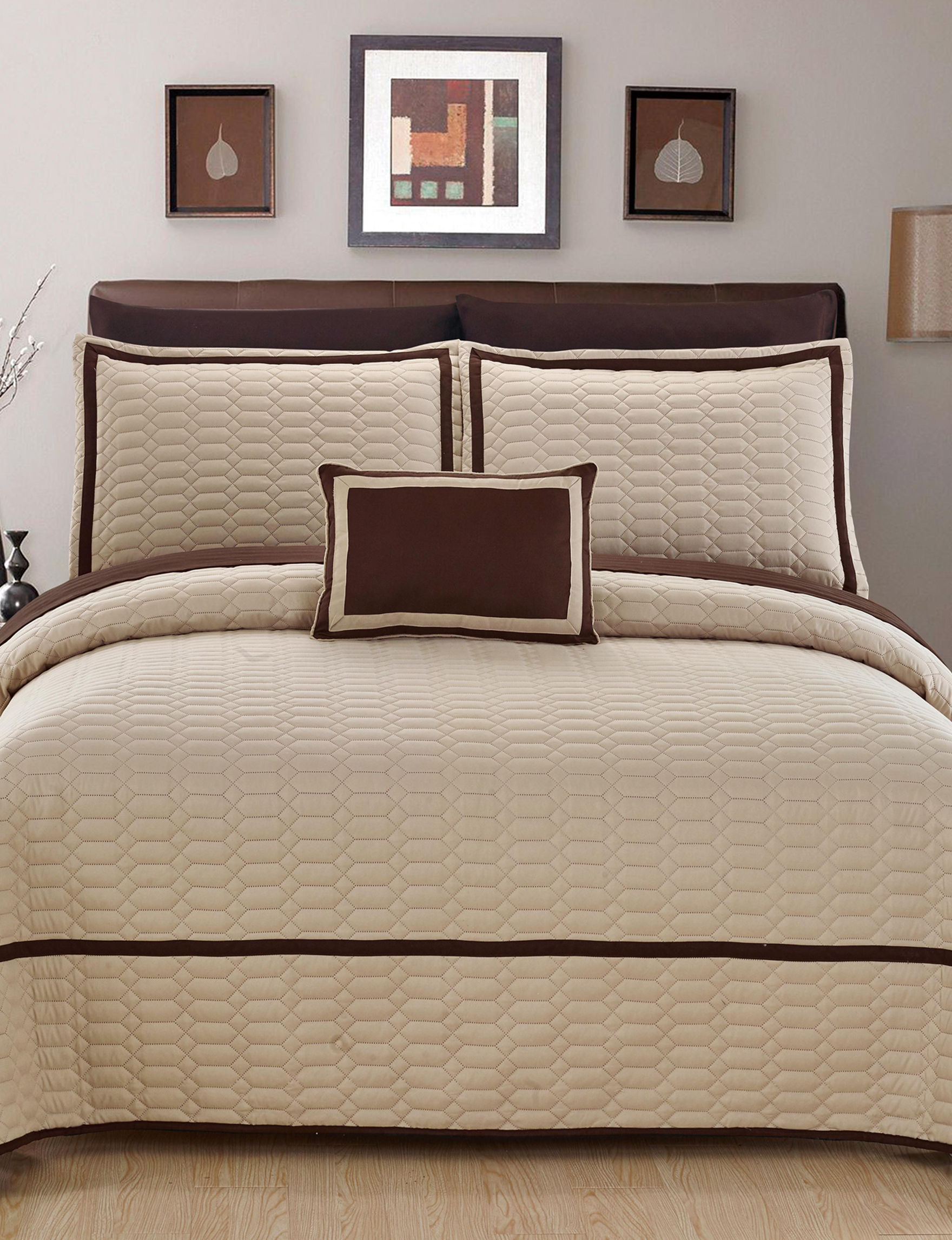 Chic Home Design Beige Quilts & Quilt Sets