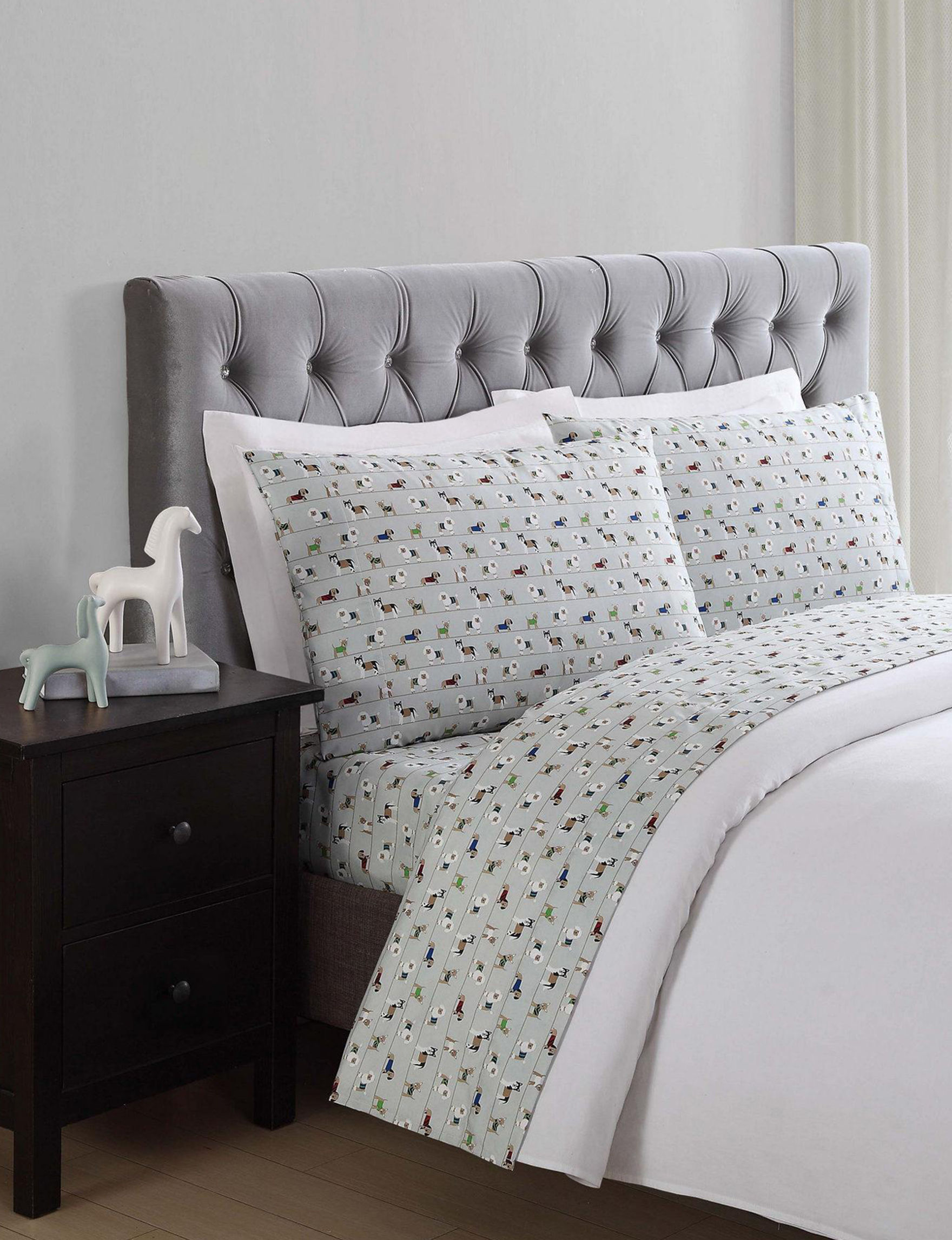 Truly Soft Green Sheets & Pillowcases