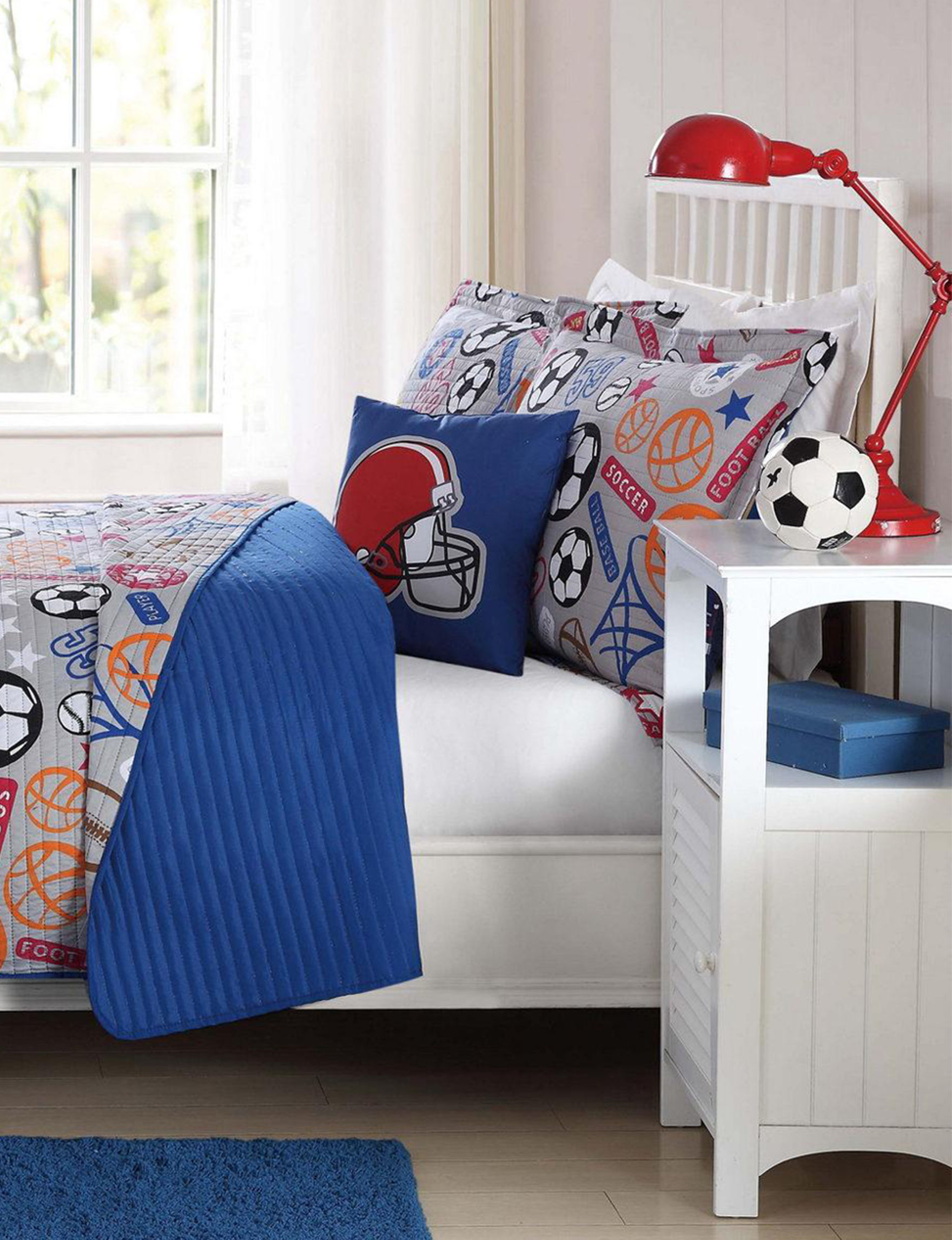 Laura Hart Kids Red Quilts & Quilt Sets