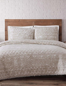Brooklyn Loom White Quilts & Quilt Sets