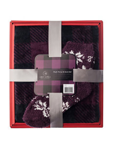 Great Hotels Collection Plum Blankets & Throws